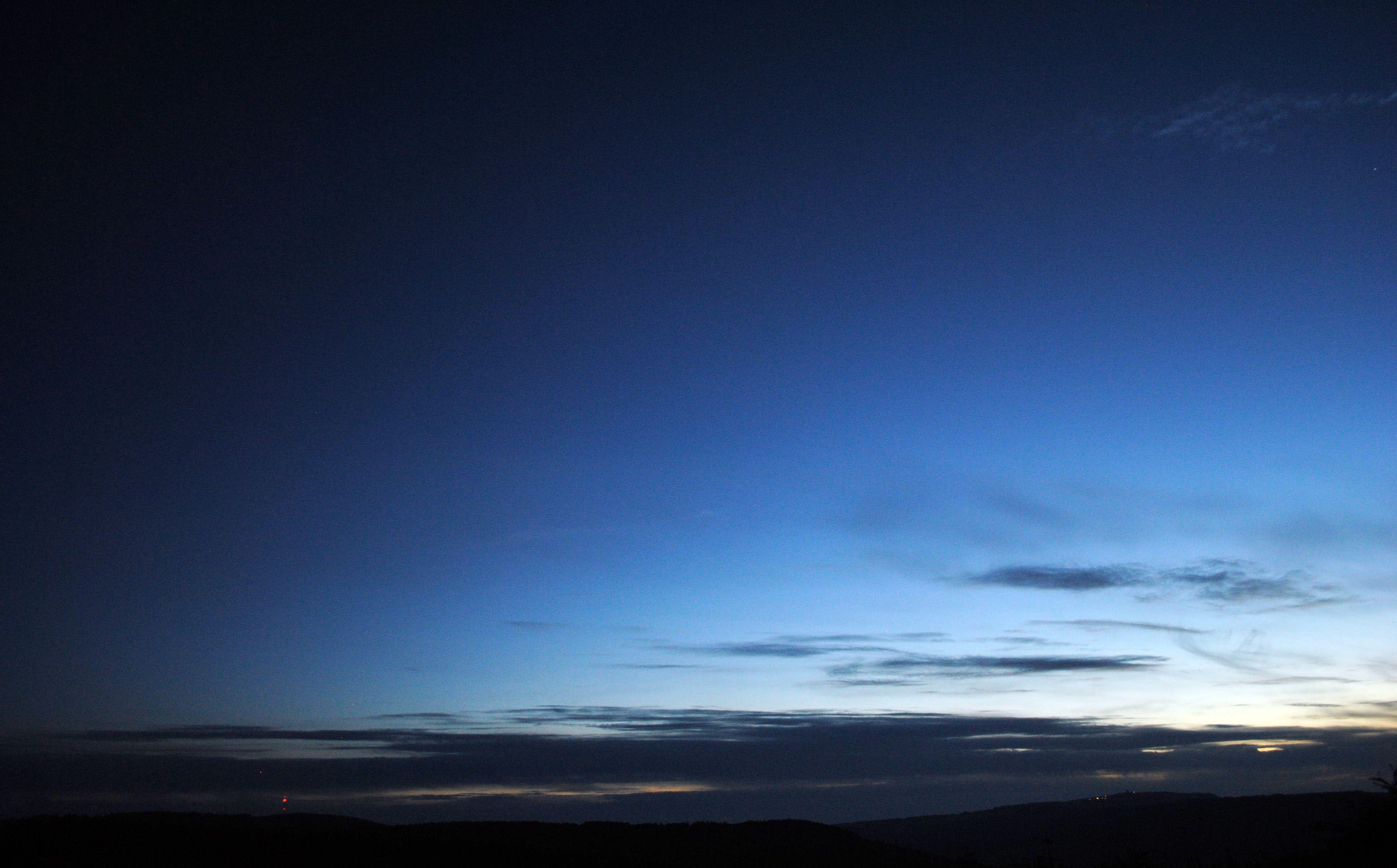 Dämmerung kurz vor der Deep-Sky-Beobachtung in der Hohen Rhön rund um das Schwarze Moor Astronomie